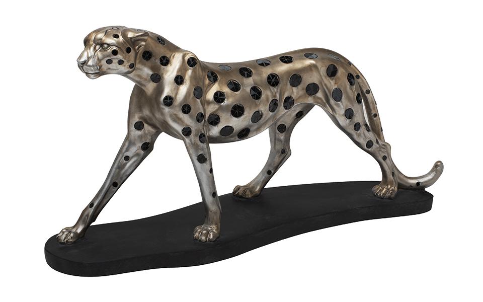 Cheetah on base - 31060.jpg